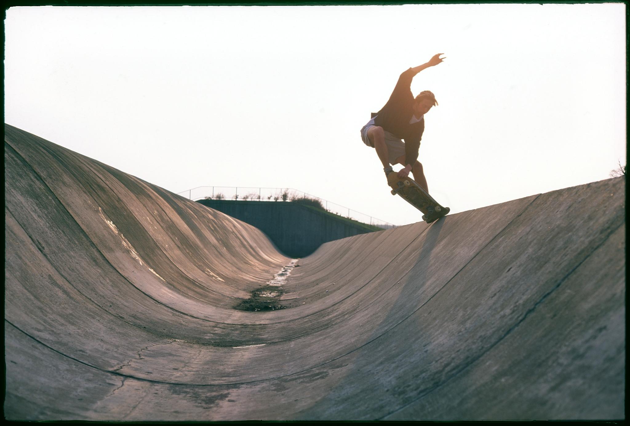 Phil Chapman, tailblock, Caldecotte Ditch, Milton Keynes, 1989. photo: Wig Worland