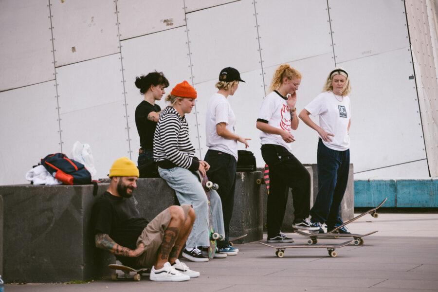 Credits: Shari White Interview - Australia crew - photo: Norma Ibarra