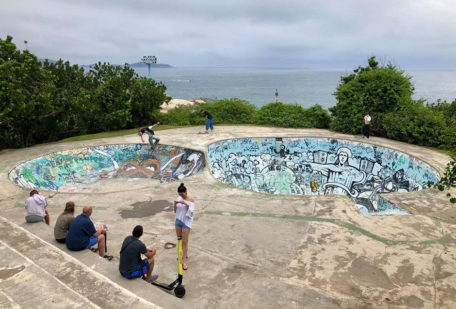 Alex Hallford, Backside Disaster. Ipanema, Rio de Janeiro, Brazil