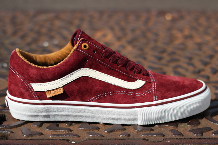 burgundy vans old skool navy